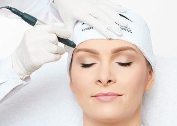 Glamour Instytut Urody - korekta makijaż permanentny brwi