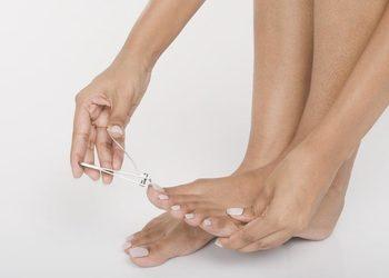 Bo jesteś wyjątkowa - obcinanie paznokci u stóp