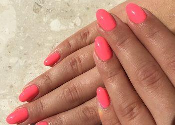 GOLDEN SPA - przedłużanie paznokci tips,forma