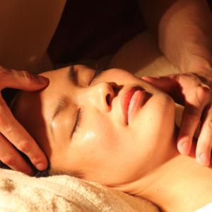 Massage1929064  twarz versum