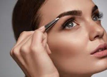 SC Beauty Clinic na Saskiej - regulacja brwi
